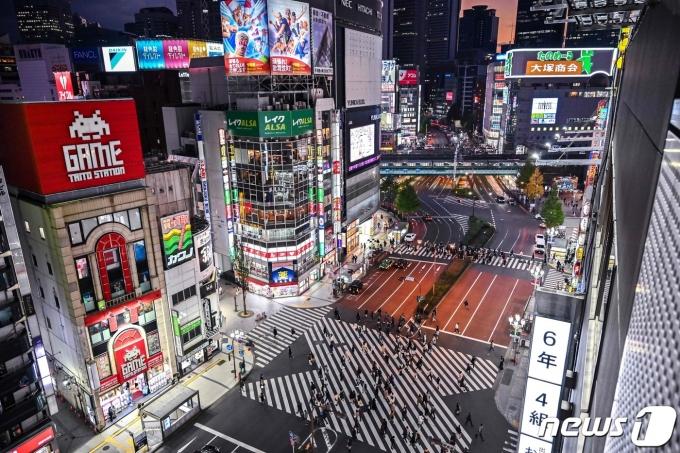 일본 도쿄 신주쿠 번화가 © AFP=뉴스1