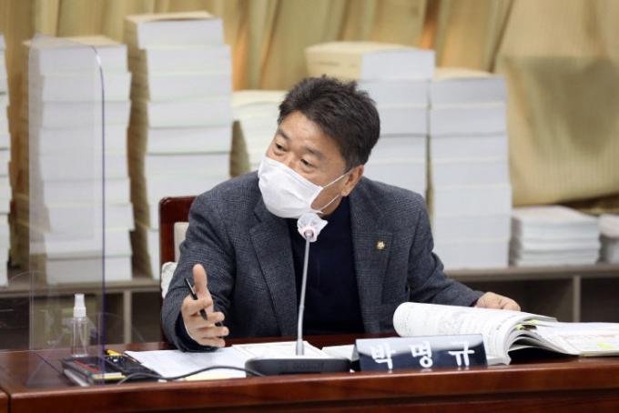 박명규 수원시의원, '도시공원·녹지 등에 관한 조례 전부개정조례안' 대표발의. / 사진제공=수원시의회