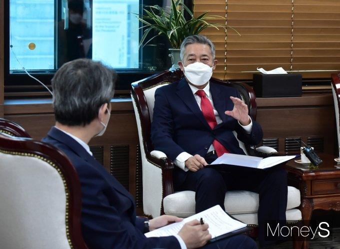 [머니S포토] 남북 인도협력 설명하는 이기범 북민협 회장