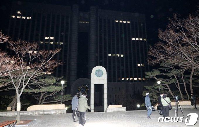"""경찰 """"이낙연 측근, 타살 협의점 없어""""… 포렌식 검토"""