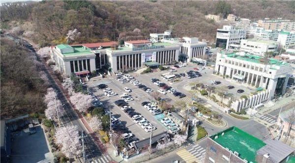 김포시가 '2020년 경기도 제안 활성화 시·군평가'에서 우수기관으로 선정됐다. 사진은 김포시청 전경. /사진=김포시