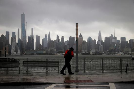 뉴욕의 전세기 회사 '센트럴 젯 차터'(Central Jet Charter)의 CEO 폴 알렉산더(57)가 아동 성매매, 성매매 미수, 아동복지법 위반 등의 혐의로 유죄 판결을 받고 구속됐다. 사진은 뉴욕 전경. /사진=로이터