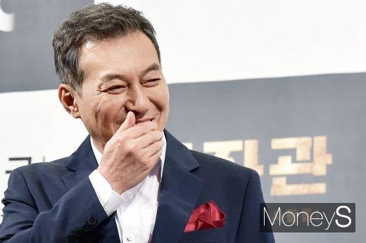 배우 김갑수가 그룹 방탄소년단 지민에 대한 애정을 드러냈다. /사진=임한별 기자