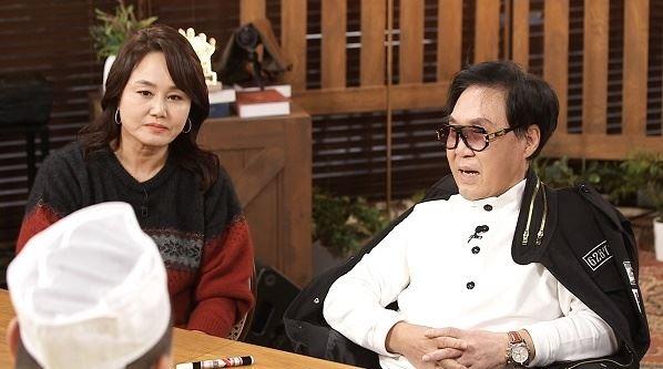 가수 조영남과 이경실의 돈독한 우정이 드러났다. /사진=SBS플러스 제공