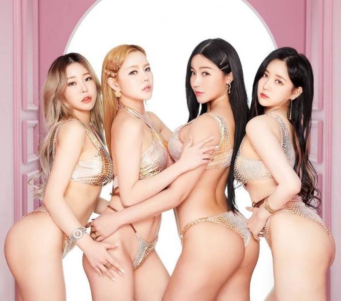 걸그룹 레이샤 멤버들의 비키니 화보 사진이 공개됐다. /사진=레이샤 인스타그램
