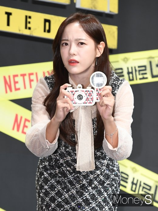 가수 겸 배우 김세정이 엑소 세훈과의 추측성 루머에 대해 해명했다. /사진=장동규 기자