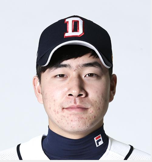 두산 베어스 투수 정현욱이 스포츠토토를 한 혐의와 관련해 경찰에 자진 출석해 조사를 받았다. /사진=두산 베어스 공식 홈페이지 캡처