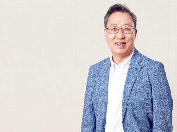 자산가치 '20조원' 카뱅, 윤호영 대표 연임가나