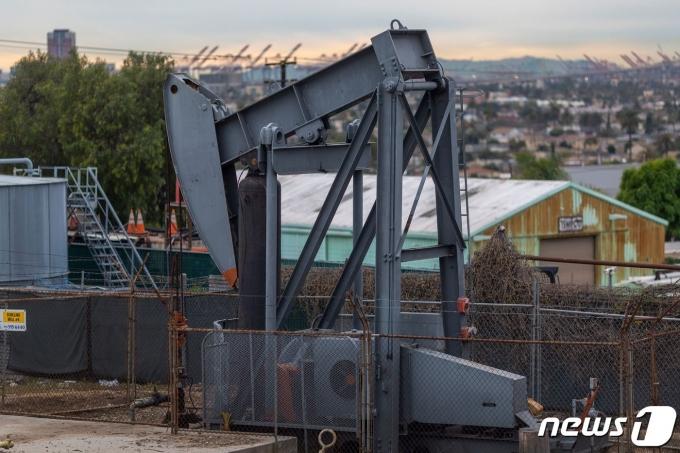 미국 캘리포니아주 시그널힐 소재 원유생산시설 © AFP=뉴스1
