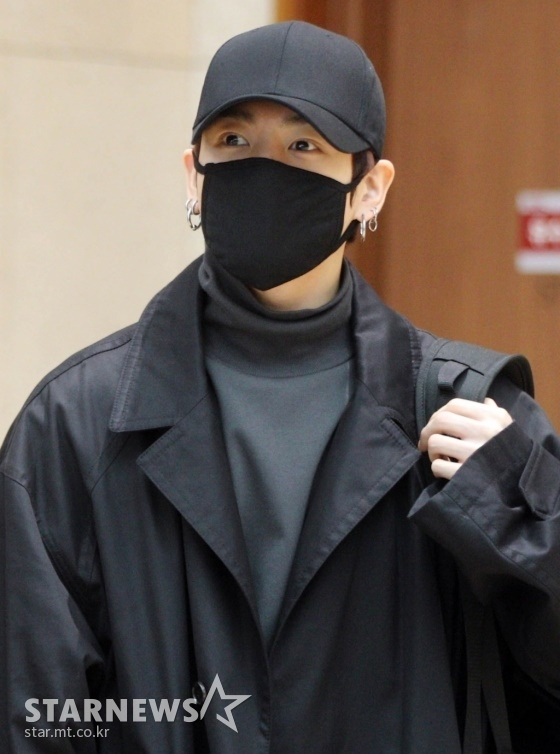 방탄소년단(BTS) 정국의 '공항 패션 베스트3'가 외신을 통해 보도돼 이목이 집중됐다.  /사진=스타뉴스