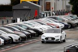 세금으로 고급차에 퍼준 '인심'… 불공평한 전기차 보조금 논란