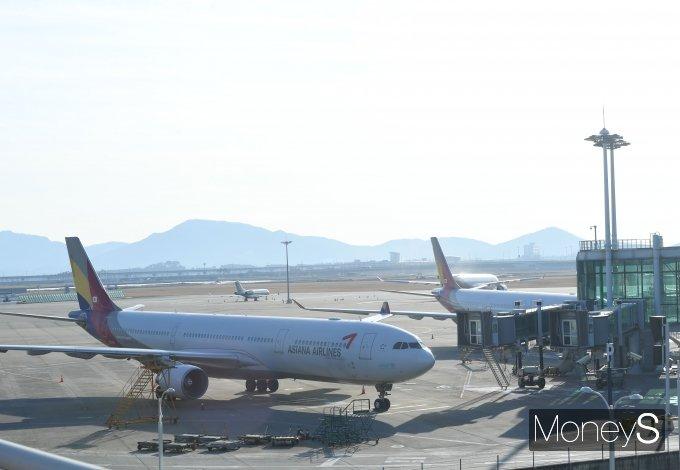 [머니S포토] '멈춰 선 항공기들'
