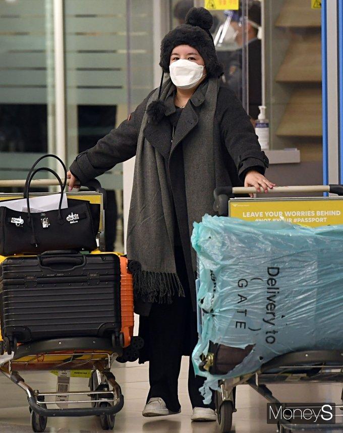 [머니S포토] '프로포폴·졸피뎀 투약' 에이미, 강제출국 5년만에 한국 입국