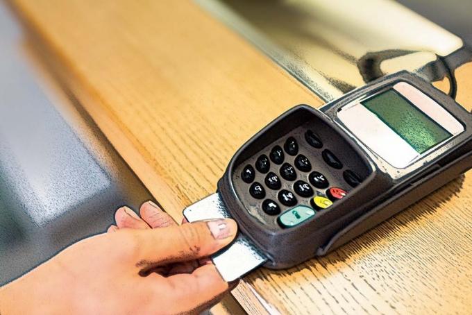 또 돌아온 3년… 최저 0.8% 카드 가맹점수수료 손질