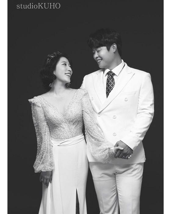 김영희(왼쪽)와 윤승열이 23일 결혼한다. /사진=김영희 인스타그램