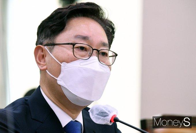 """[머니S포토] 고시생 폭행 의혹 박범계 """"아내 홀로 있는 자택 밤 방문..."""""""