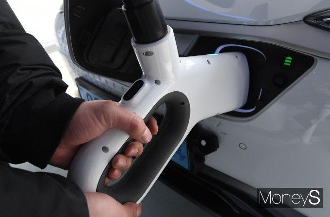 [머니S포토] 초고속 충전소 'EV 스테이션 강동'