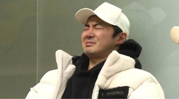 25일 밤 10시에 방송되는 '동상이몽 시즌2-너는 내 운명'에 전진이 21년만에 친모와 재회하는 모습이 공개된다. /사진=SBS '동상이몽2' 제공