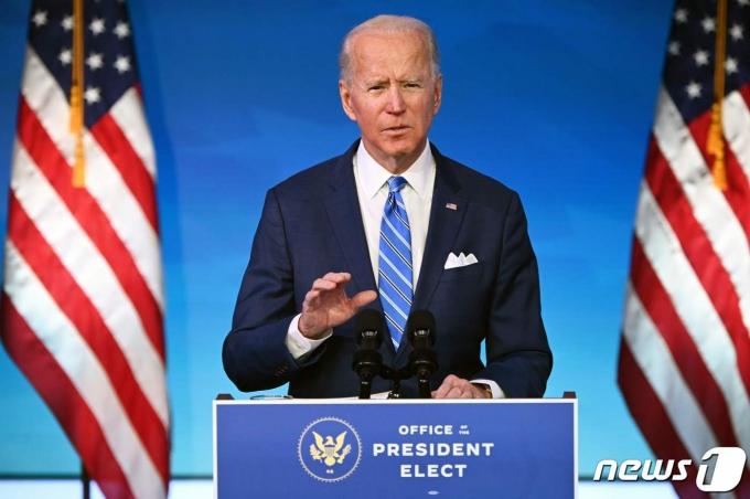 조 바이든 미국 대통령이  1조9000억달러(약 2082조원) 규모의 코로나19 경기 부양책을 발표하고 있다. © AFP=뉴스1 © News1 우동명 기자