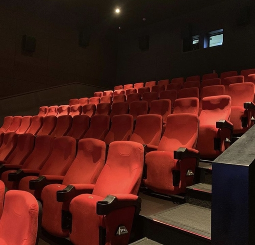 지난해 폐업한 영화상영관은 81곳으로 전년(43곳) 대비 88.4% 증가했다. 수도권은 인천에서 21곳, 경기 4곳, 서울 2곳이 폐업했고, 지방에서는 총 52곳이 폐업했다. 사진은 올해 경기도의 한 영화관. /사진제공=상가정보연구소