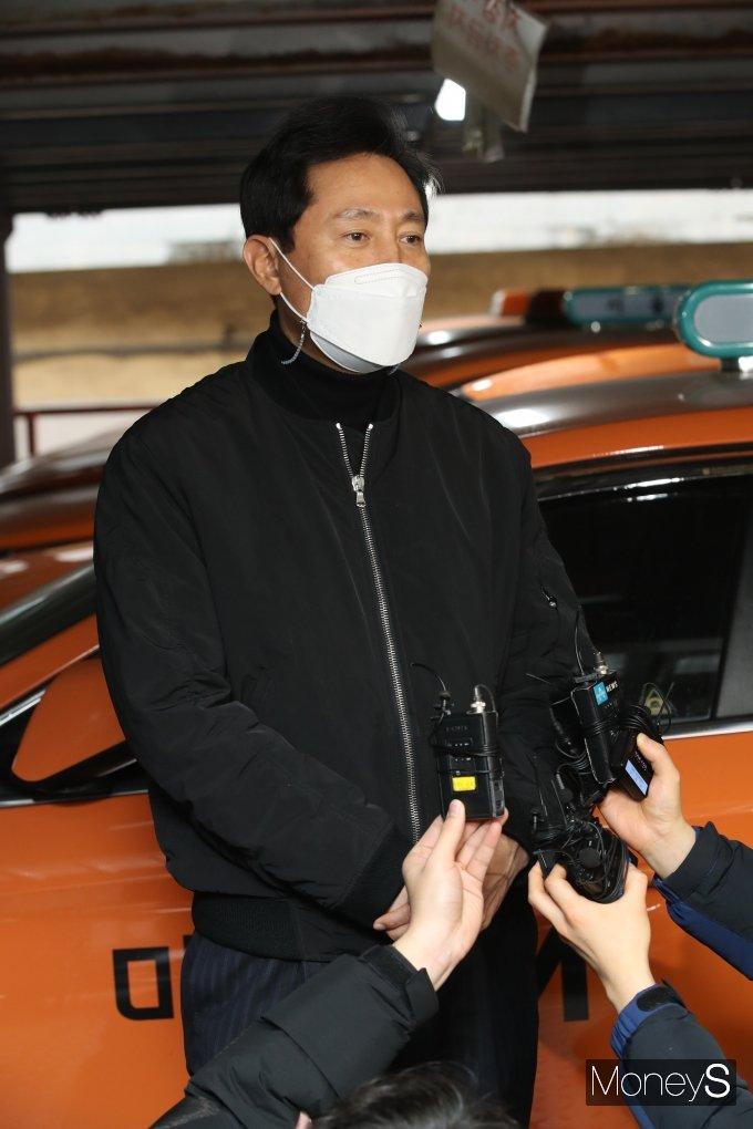 [머니S포토] 오세훈 '택시업계 의견 청취 위해'