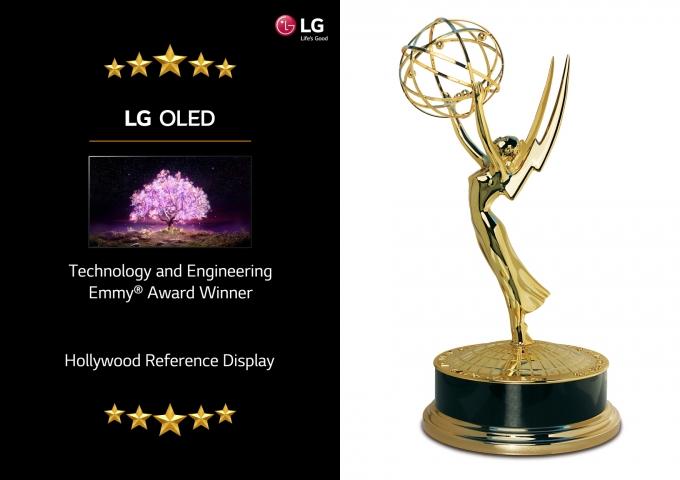 LG 올레드 TV가 미국 텔레비전예술과학아카데미로부터 기술공학 에미상을 수상했다. / 사진=LG전자