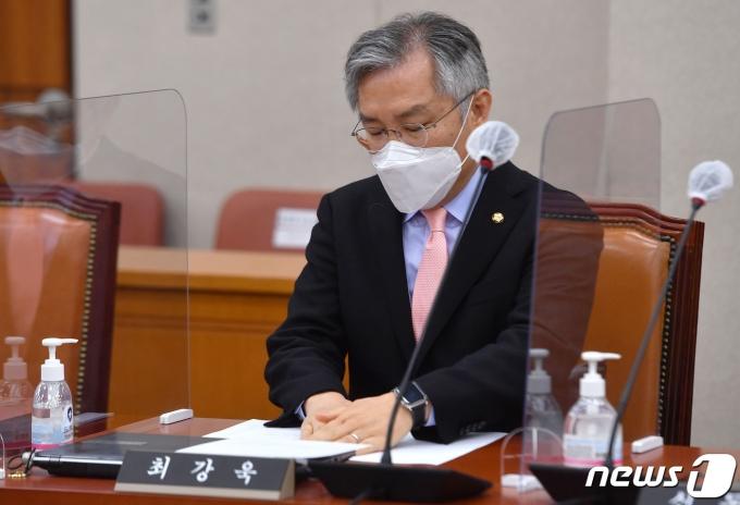 최강욱 열린민주당 대표2021.1.27/뉴스1 © News1 박세연 기자