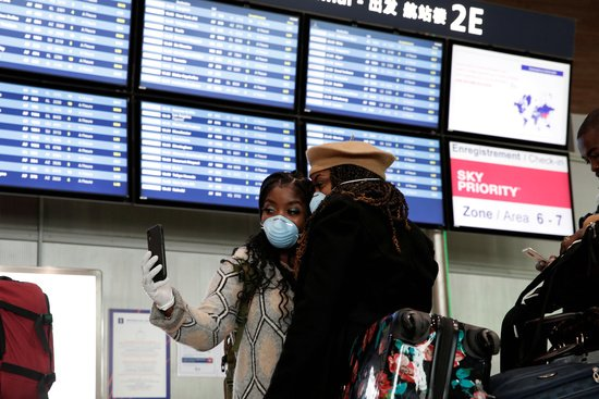 EU, 일본발 여행객 입국 금지… 한국 등 7개국은 가능