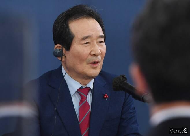 정세균 국무총리가 LG에너지솔루션과 SK이노베이션 사이에 벌어지고 있는 배터리 분쟁의 원만한 합의를 촉구했다. / 사진=장동규 기자