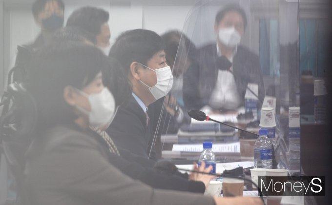[머니S포토] 비공개 당정협의서 발언하는 구윤철 국무조정실장