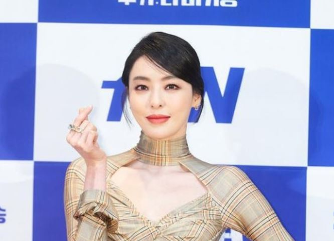 배우 이다희가 지난달 27일 오후 온라인 생중계로 진행된 tvN 새 월화극 '루카: 더 비기닝' 제작발표회에 참석했다. /사진=tvN 제공