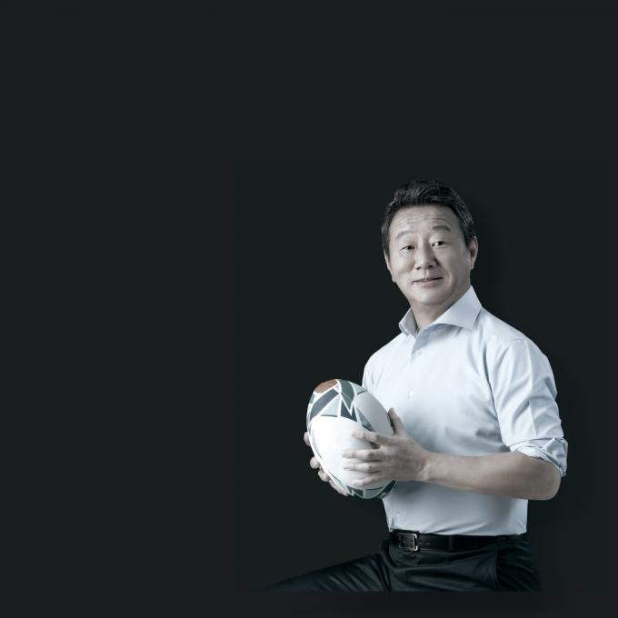 최윤 OK금융그룹 회장이 제24대 대한럭비협회 회장에 공식 취임했다./사진=OK금융그룹