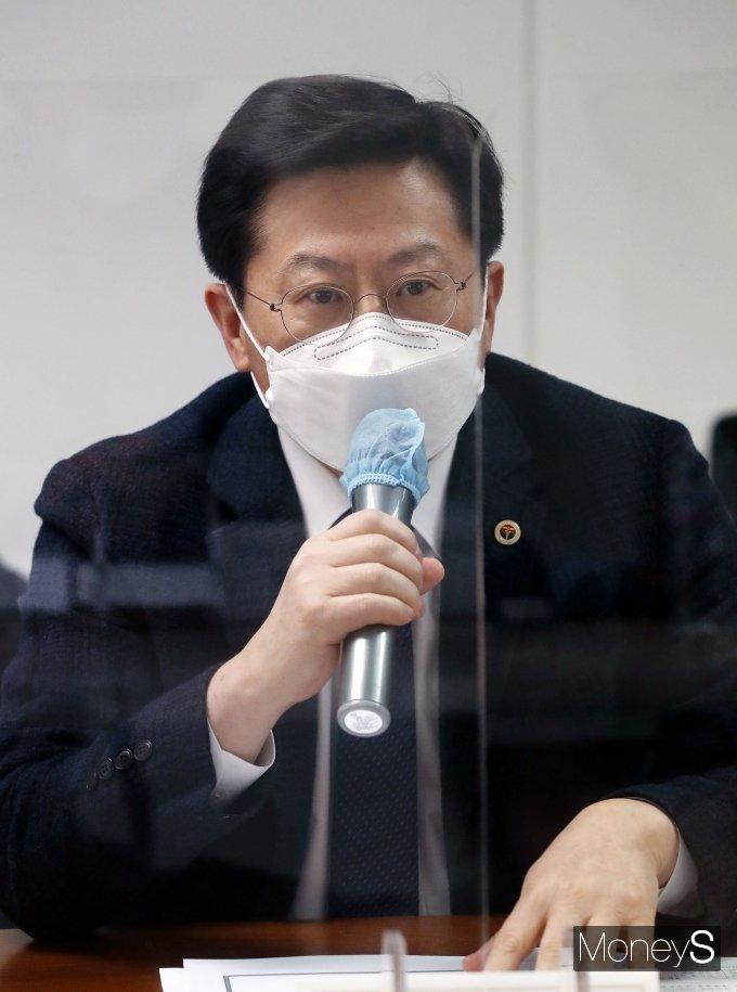 [머니S포토] 제1차 실무회의서 발언하는 박홍준 부회장