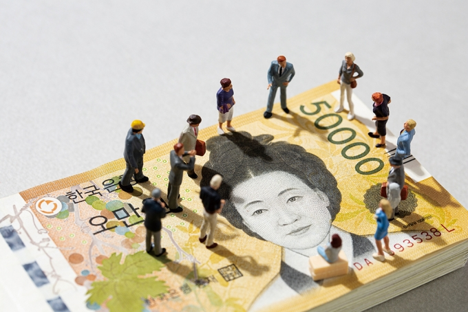 '글로벌 비즈니스 무법자' 중국… 저가 수주·주식으로 질서 붕괴