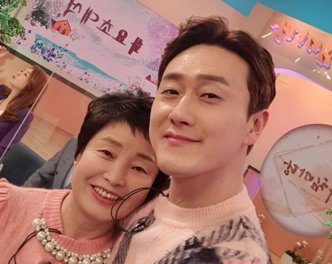 개그우먼 심진화의 어머니가 사위 김원효와 딸의 결혼을 반대한 사연을 털어놨다. /사진=김원효 인스타그램