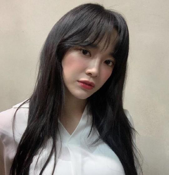 가수 겸 배우인 김세정이 사칭 계정에 분노했다. /사진=김세정 인스타그램