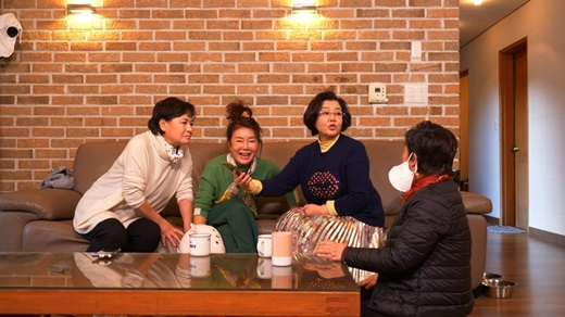 배우 선우은숙이 배우 박원숙 덕분에 이영하와 재회를 결심했다고 밝혔다. /사진=같이삽시다3 제공
