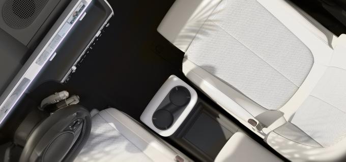 아이오닉 5는 실내 공간 활용도를 극대화한 것도 특징이다. /사진제공=현대차