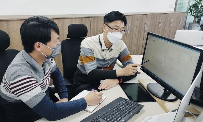 LG전자가 올해부터 협력사의 로봇프로세스자동화 도입을 지원한다. / 사진=LG전자