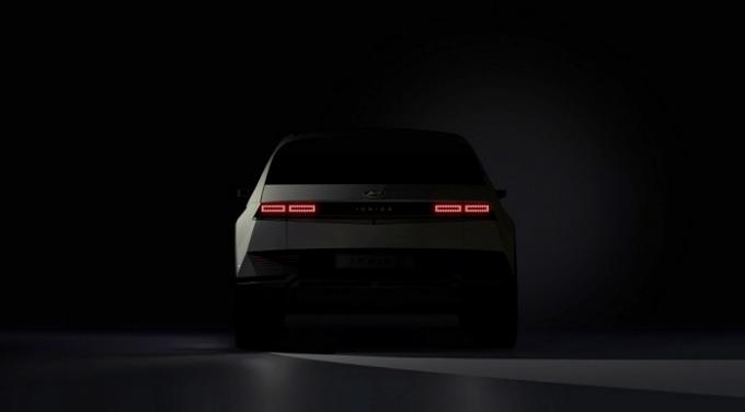 현대차는 아이오닉 5의 국내 사전 계약을 25일부터 시작한다. /사진제공=현대자동차