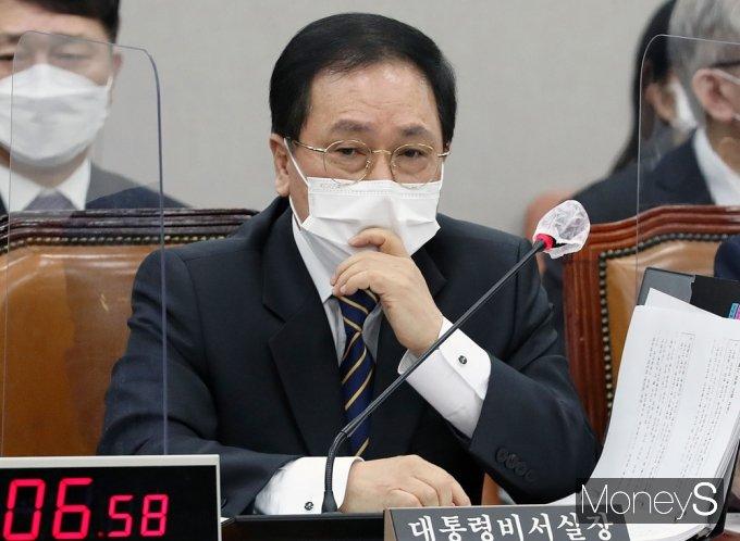 """[머니S포토] 유영민 """"4차 재난지원금, 오늘 3월 집행 적극 협조 해주시길"""""""