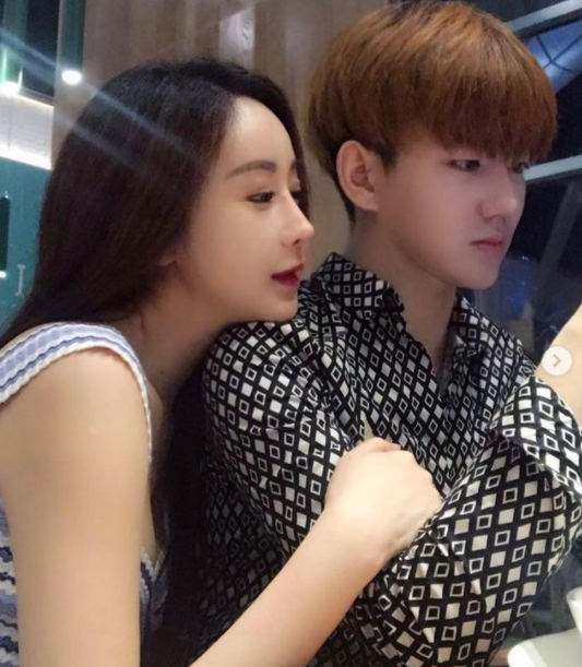 배우 함소원(왼쪽)-진화 부부가 결별설에 휩싸였다. /사진=함소원 인스타그램 캡처
