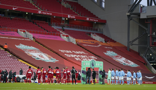 지난 8일(한국시간) 리버풀과 맨체스터 시티의 경기가 열린 영국 리버풀의 안필드. 리버풀은 코로나19 팬데믹 기간 무관중 조치로 인해 1300억원이 넘는 입장수익이 사라진 것으로 나타났다. /사진=로이터