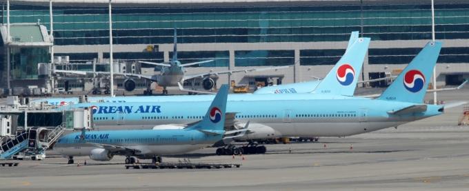 일본 후쿠오카공항에서 신호조명를 파손한 대한항공에 대한 국토교통부의 과징금 처분이 정당하다는 판결이 나왔다./사진=뉴시스 김선웅 기자