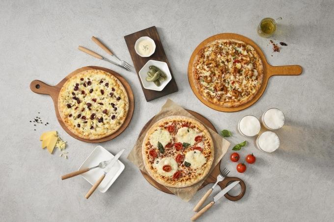 CJ제일제당은 '고메 프리미엄 피자'는 출시 두 달 만에 100만개가 팔렸다. /사진=CJ제일제당