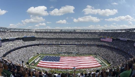 미국 뉴욕의 미식축구장 메트라이프 스타디움은 8만2000여명을 수용할 수 있는 거대 경기장이다. /사진=로이터