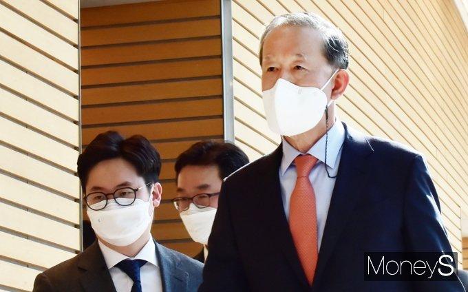 [머니S포토] 허창수, 전경련 정기총회 입장