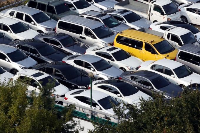 한국자동차산업협회에 따르면 정부와 여당의 주재로 대기업과 중고차업계의 상생안을 마련하기 위해 '상생협약기구'를 발족하려 했지만 중고차업계가 돌연 참석을 거부했다. /사진=뉴스1