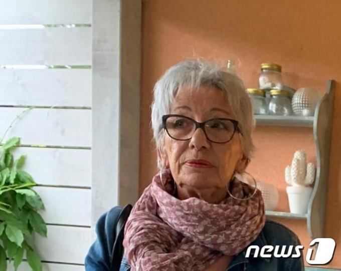 시어머니 로즈마리(73)는 나이 마흔이 넘어서야 직접 투표를 하기 시작했다고 한다. © 신정숙 통신원