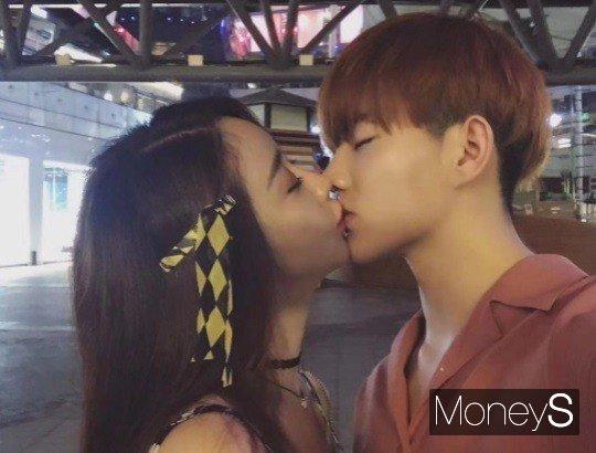 배우 함소원이 최근 불거진 남편 진화와의 불화설과 관련 라이브 방송을 통해 직접 입장을 밝혔다. /사진=함소원 인스타그램